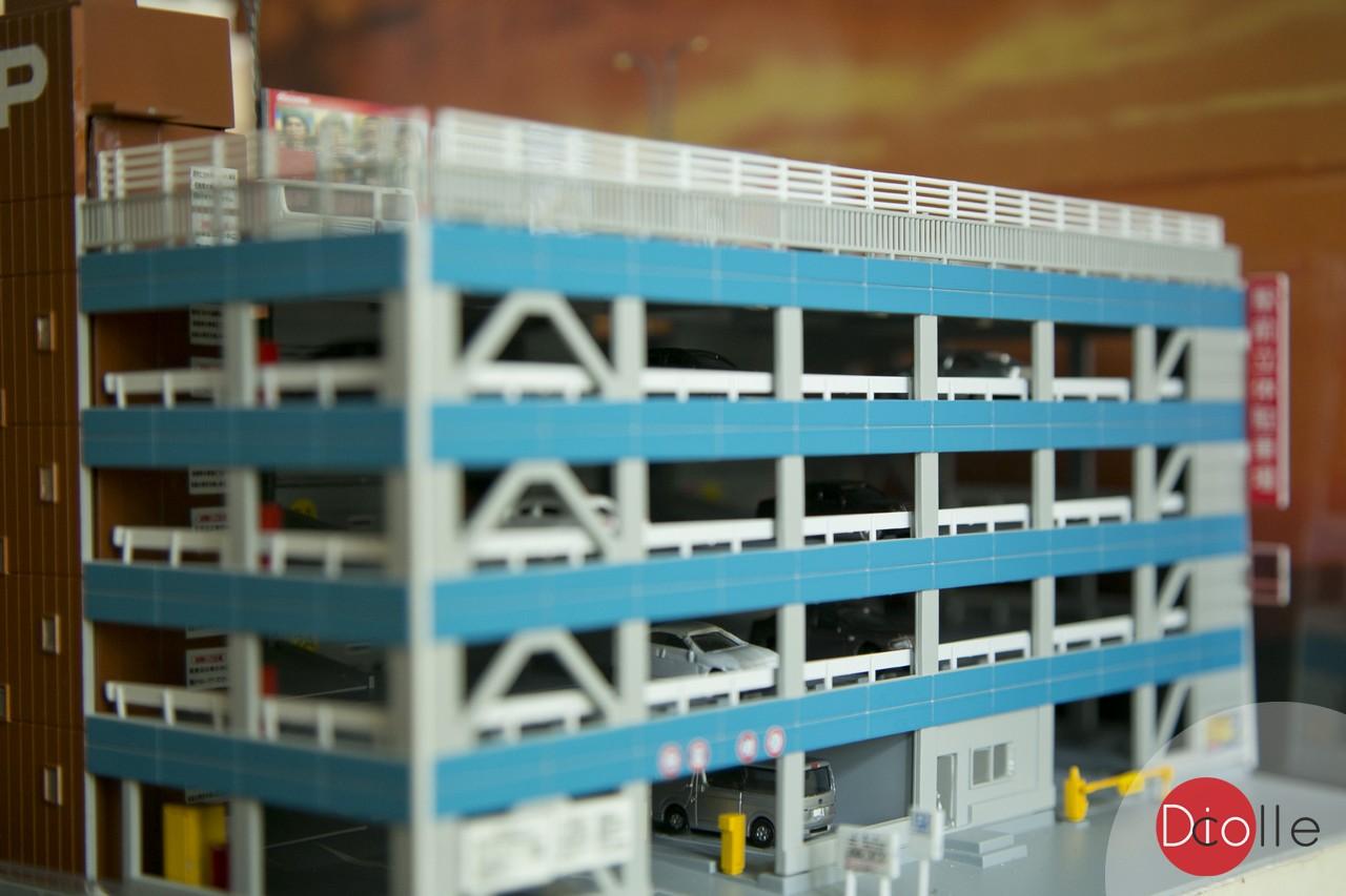 diocolle carpark display 33