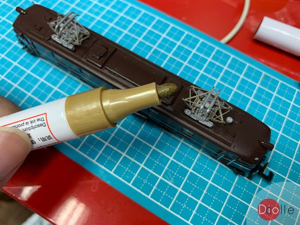 簡易加工:集電弓加金屬效果